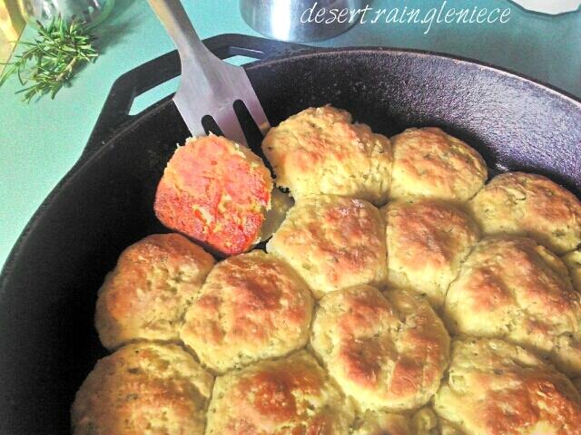 Skillet Buttermilk Mini Biscuits